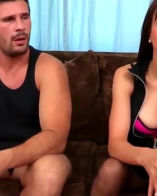 Lovely brunette with nice tits gets fucked by Manuel Ferrara hard