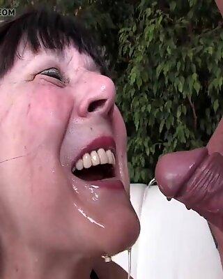 Granny loves golden shower by XMILF.US