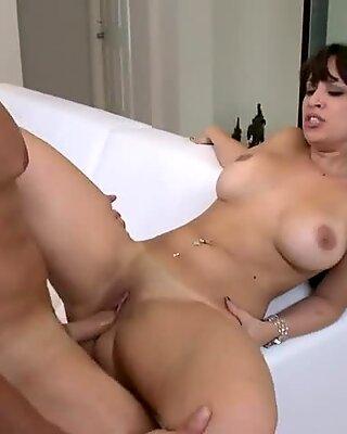 Deep insertion for a pornstar