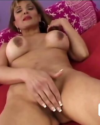 Hot granny and younger dude become instant booty call buddies
