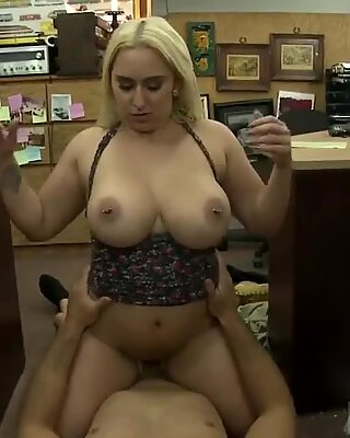 Big tit milf behind the scenes xxx Make that money! - Nina Kayy
