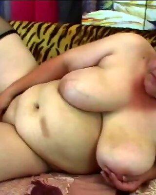 Big load of dick pleasing hot granny