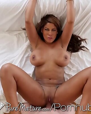 PUREMATURE Big Booty MILF Spied On Fresh Out The Shower