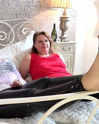FemdomGold - mom, daughter